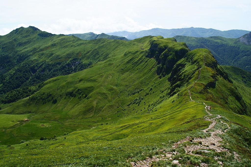 L'Auvergne : des paysages puissants et marqués par les volcans